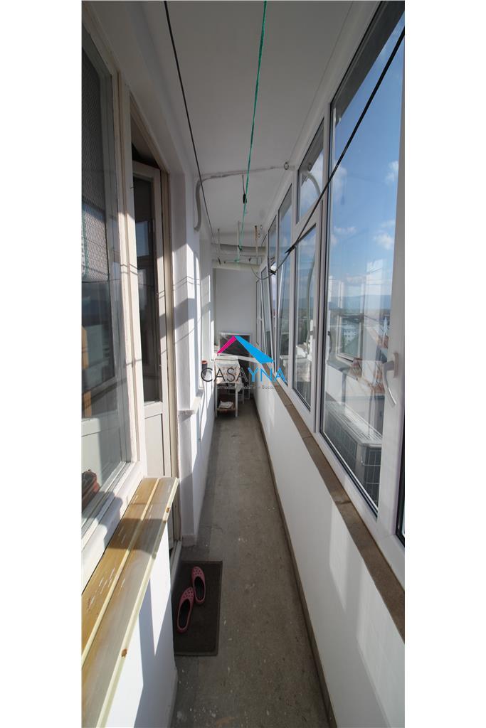 Apartament 2 camere decomandate, zona Cornisa