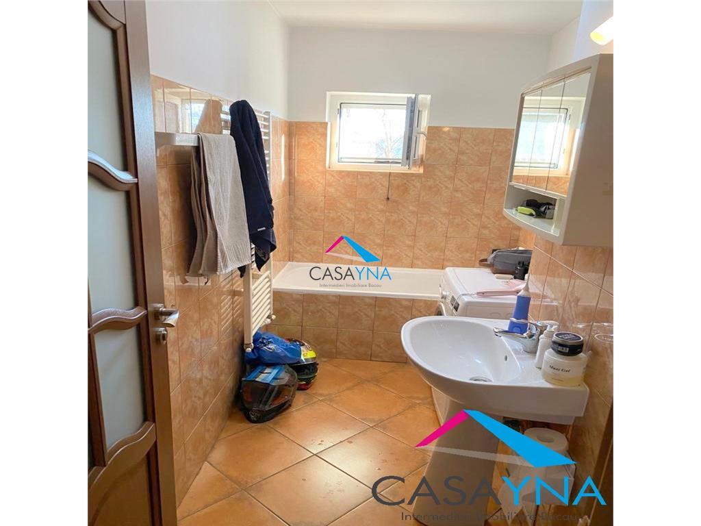 Apartament 2 camere decomandate, mobilat, zona Milcov