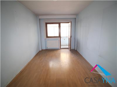 Apartament 2 camere decomandate, etaj 2, zona Narcisa